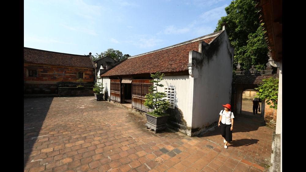Một góc chùa Bổ Đà